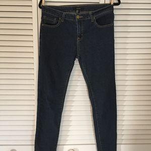 Forever 21 Women's Jean Size 28